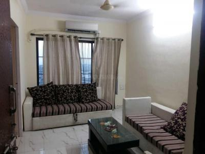 Gallery Cover Image of 540 Sq.ft 1 BHK Apartment for rent in Goregaon East for 23000