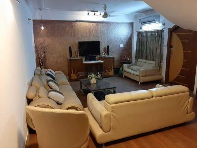 Gallery Cover Image of 3000 Sq.ft 4 BHK Apartment for rent in Banjara Hills for 110000
