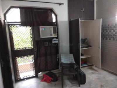 Gallery Cover Image of 800 Sq.ft 2 BHK Independent House for rent in Chitlapakkam for 10000