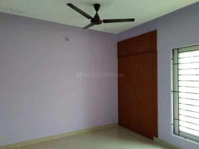 Gallery Cover Image of 1400 Sq.ft 3 BHK Apartment for rent in Velachery for 21500