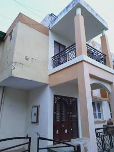 Gallery Cover Image of 1600 Sq.ft 3 BHK Independent House for buy in Bopal for 9500001