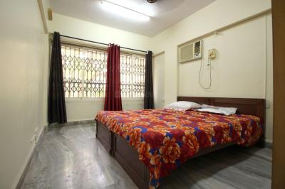 Gallery Cover Image of 1350 Sq.ft 3 BHK Apartment for rent in Bandra West for 125000