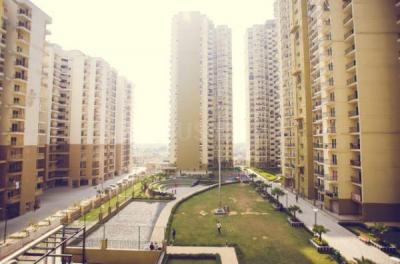 Gallery Cover Image of 1735 Sq.ft 4 BHK Apartment for buy in Noida Extension for 8300000