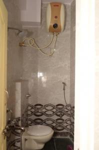 Bathroom Image of Gaytahri Luxury Mens PG in Richmond Town