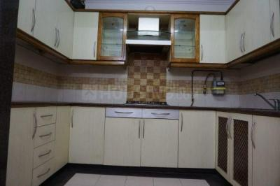 Gallery Cover Image of 1100 Sq.ft 3 BHK Independent House for buy in Vikaspuri for 12550000