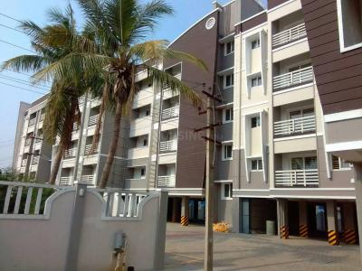 Gallery Cover Image of 1500 Sq.ft 3 BHK Apartment for rent in Maduravoyal for 20000