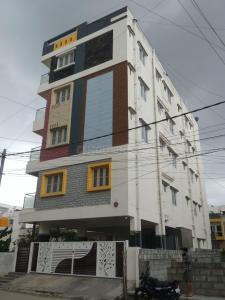 Gallery Cover Image of 8000 Sq.ft 10 BHK Independent House for buy in Bommanahalli for 31000000