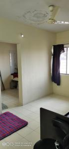 Gallery Cover Image of 350 Sq.ft 1 RK Apartment for rent in Mathura Apartments, Kothrud for 9000