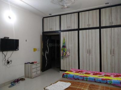 Bedroom Image of Mahadev PG in Sector 17