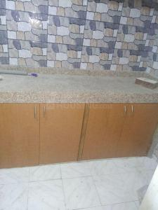 Gallery Cover Image of 420 Sq.ft 1 BHK Apartment for rent in Prabhadevi for 30000