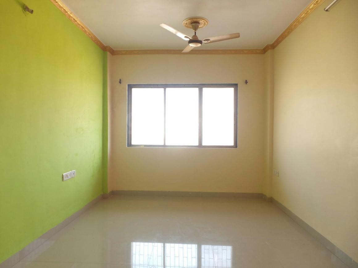 Living Room Image of 950 Sq.ft 2 BHK Apartment for buy in Kalamboli for 5800000