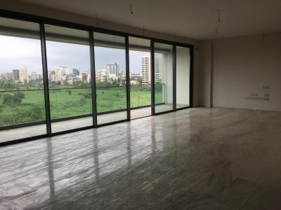 Gallery Cover Image of 2600 Sq.ft 3 BHK Apartment for rent in Vile Parle West for 100000
