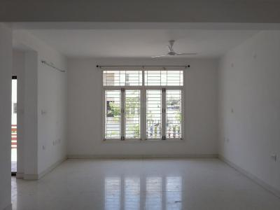 Gallery Cover Image of 1686 Sq.ft 3 BHK Independent House for rent in Perungalathur for 23000