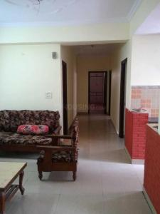 Gallery Cover Image of 1850 Sq.ft 3 BHK Apartment for rent in Amrapali Group Royal, Vaibhav Khand for 17000