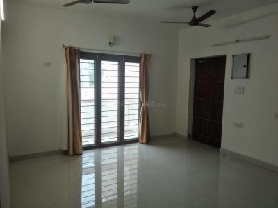 Gallery Cover Image of 1557 Sq.ft 3 BHK Apartment for rent in SAS Meera Nivas, CIT Nagar for 40000