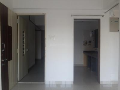 Gallery Cover Image of 450 Sq.ft 1 BHK Apartment for rent in Prabhadevi for 36000
