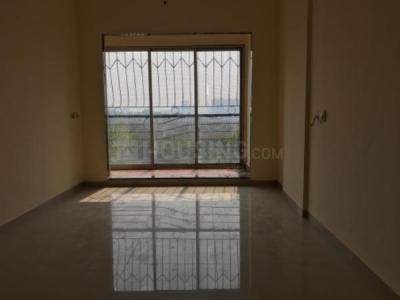 Gallery Cover Image of 535 Sq.ft 1 BHK Apartment for rent in Om Siddhi, Kandivali West for 17500