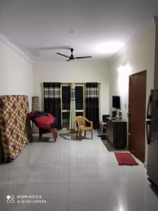 Gallery Cover Image of 1600 Sq.ft 3 BHK Apartment for rent in Kamanahalli for 32000