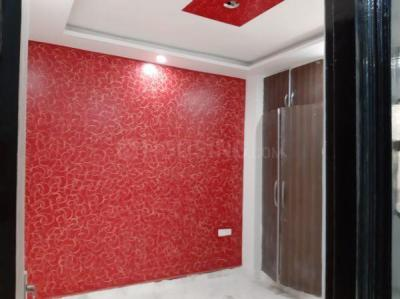Gallery Cover Image of 900 Sq.ft 3 BHK Apartment for buy in Shakti Enclave, Burari for 3600000