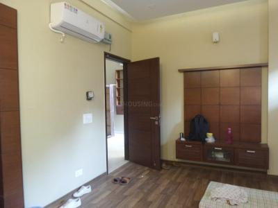 Gallery Cover Image of 350 Sq.ft 1 RK Apartment for rent in Sector 56 for 13000