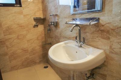 Common Bathroom Image of PG 5243898 Dlf Phase 1 in DLF Phase 1