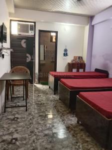 Bedroom Image of Happy Home Girls PG Noida Near Metro in Sector 19