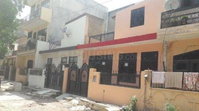 Gallery Cover Image of 700 Sq.ft 1 BHK Independent House for rent in Eta 1 Greater Noida for 7000