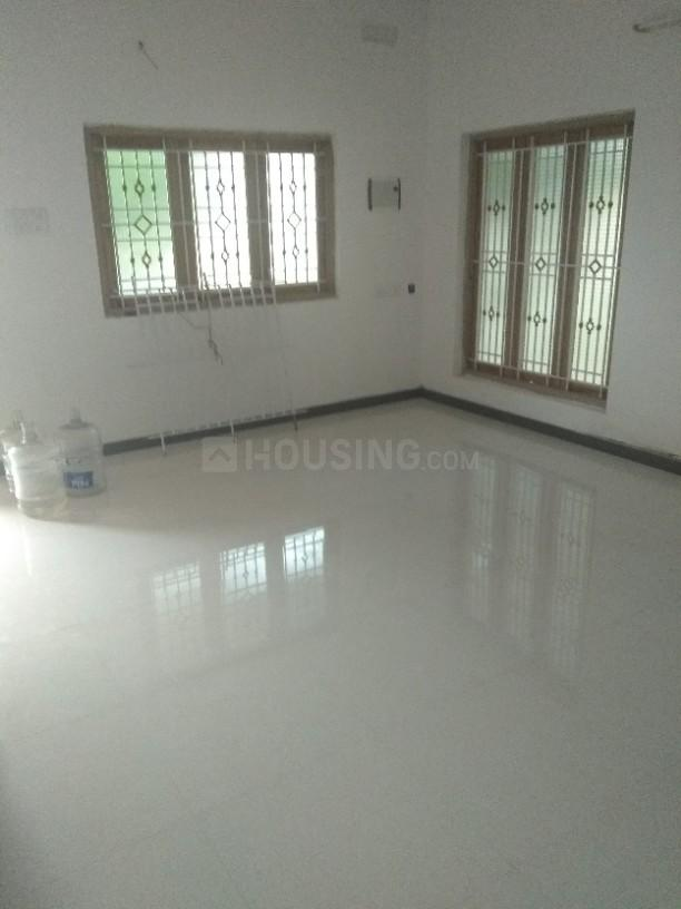 Living Room Image of 1000 Sq.ft 2 BHK Apartment for rent in Chromepet for 12000