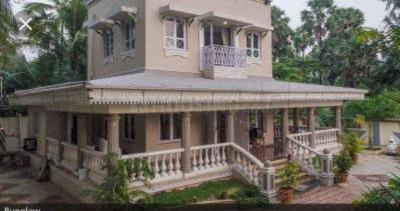 बोरीवली वेस्ट  में 170000000  खरीदें  के लिए 5500 Sq.ft 5 BHK विला के गैलरी कवर  की तस्वीर