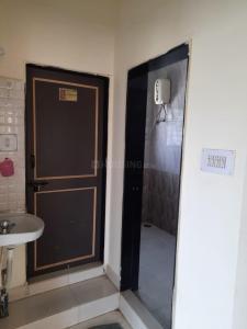 येरवाड़ा  में 12000  किराया  के लिए 800 Sq.ft 1 BHK इंडिपेंडेंट फ्लोर  के बाथरूम  की तस्वीर