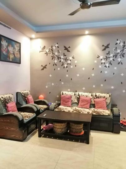 सेक्टर-12ए  में 2  खरीदें  के लिए 12 Sq.ft 2 BHK अपार्टमेंट के लिविंग रूम  की तस्वीर