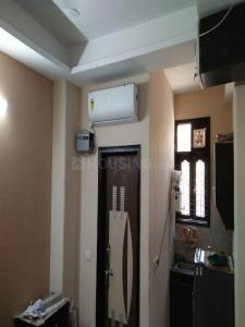 Gallery Cover Image of 1100 Sq.ft 3 BHK Independent Floor for rent in Sector 24 Rohini for 17000