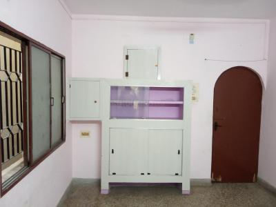 Gallery Cover Image of 450 Sq.ft 1 BHK Independent Floor for buy in Dum Dum for 1410000