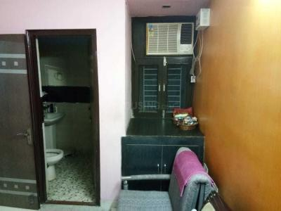 Gallery Cover Image of 2800 Sq.ft 3 BHK Apartment for rent in Sector 2 for 12000