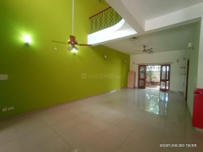 Gallery Cover Image of 3300 Sq.ft 3 BHK Villa for rent in Vaswani Astoria Villa, Kadubeesanahalli for 42000