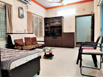 Gallery Cover Image of 1500 Sq.ft 2 BHK Apartment for rent in Perumbakkam for 22000