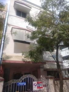 Gallery Cover Image of 1200 Sq.ft 4 BHK Independent House for rent in Moulivakkam for 25000