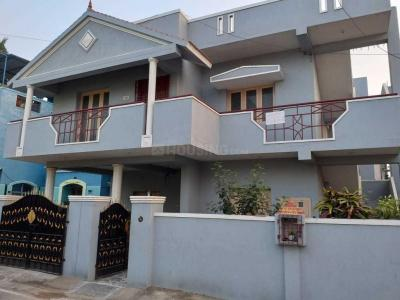 Gallery Cover Image of 1500 Sq.ft 3 BHK Independent House for rent in Perungalathur for 14000