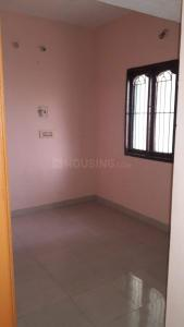 Gallery Cover Image of 650 Sq.ft 2 BHK Independent Floor for rent in Mangadu for 6500