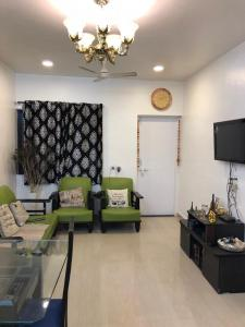 Gallery Cover Image of 1000 Sq.ft 2 BHK Apartment for buy in Dhanori for 6800000