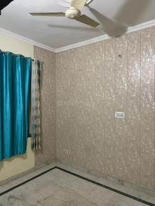 Gallery Cover Image of 800 Sq.ft 2 BHK Independent House for rent in Sector-12A for 15000