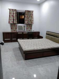 Gallery Cover Image of 1150 Sq.ft 2 BHK Apartment for rent in Worli for 95000