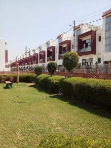 Gallery Cover Image of 1458 Sq.ft 2 BHK Villa for buy in Chaitanya Vihar for 4000000