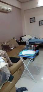 Gallery Cover Image of 450 Sq.ft 1 BHK Apartment for rent in Worli for 33000