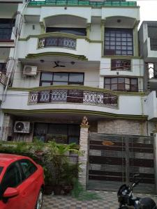 Gallery Cover Image of 1500 Sq.ft 5 BHK Independent House for rent in Sector 50 for 60000