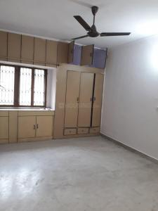 Gallery Cover Image of 2500 Sq.ft 3 BHK Independent Floor for rent in Jasola Vihar for 42500
