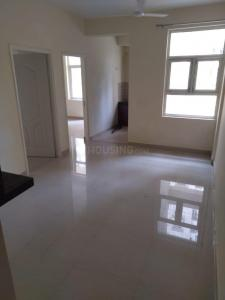 Gallery Cover Image of 850 Sq.ft 2 BHK Apartment for rent in Shree Vardhman Mantra, Sector 67 for 16000