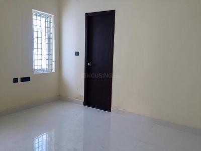 Gallery Cover Image of 900 Sq.ft 2 BHK Independent Floor for buy in Teynampet for 10600000