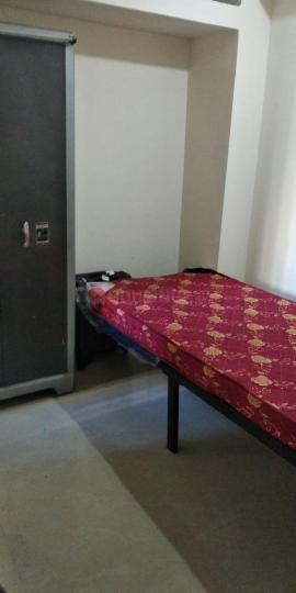 लोअर परेल में प्रकाश कॉटन मील के बेडरूम की तस्वीर