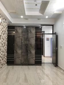 Gallery Cover Image of 1750 Sq.ft 3 BHK Apartment for buy in Niti Khand for 7350000